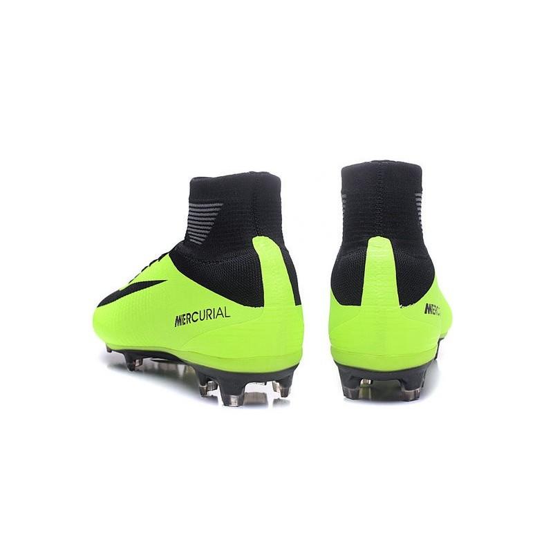 quality design 46871 f2bc6 Chaussures Nike - Crampons de Footabll Homme - Nike Mercurial Superfly 5 FG  Noir Vert