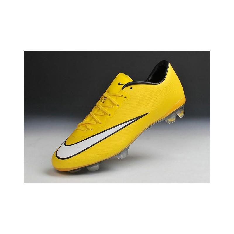chaussure de foot nike noir et jaune