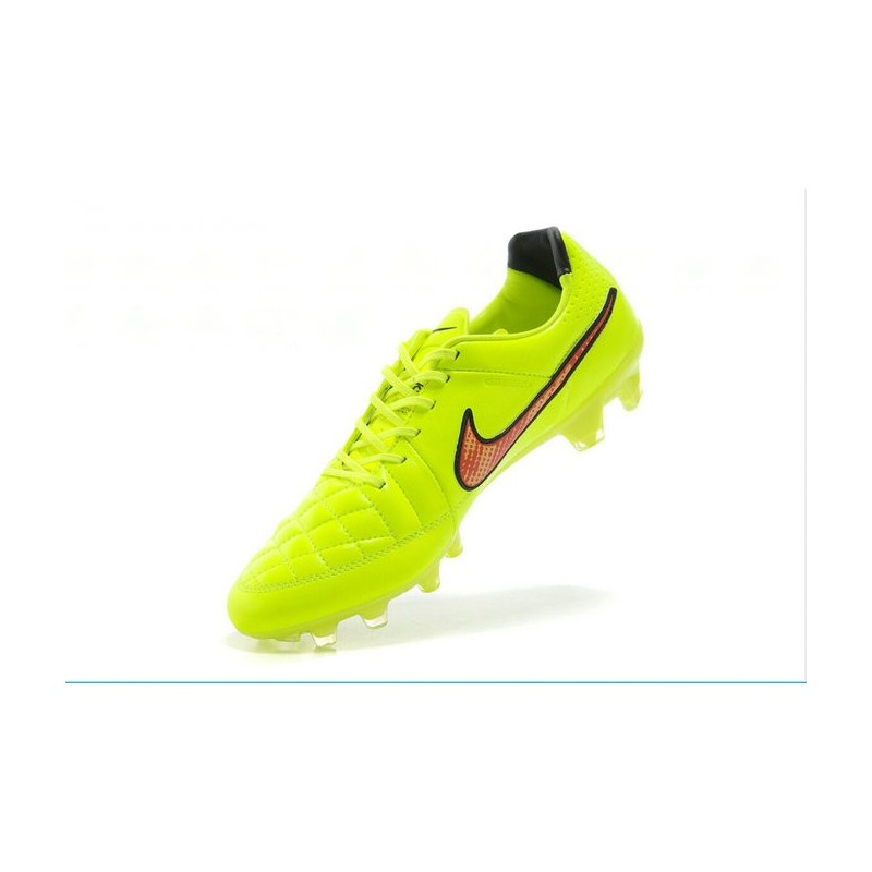 buy online 09a64 6801d Nouveau Chaussure de Foot Nike Tiempo Legend FG Vert Hyper Punch Noir