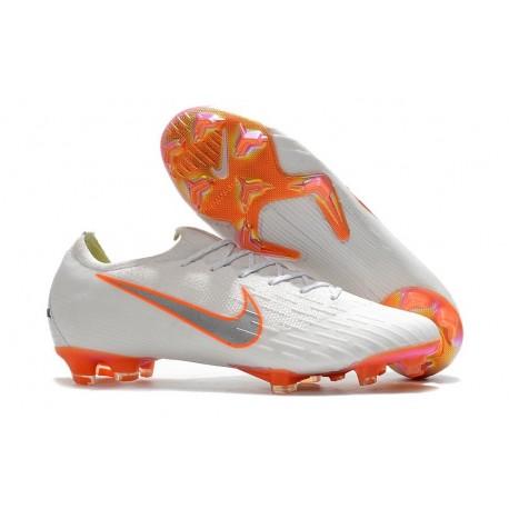 first rate 094db 19bd2 Nouveau Crampons de Football Nike Mercurial Vapor XII Elite FG Blanc Gris  Métallique Orange Total